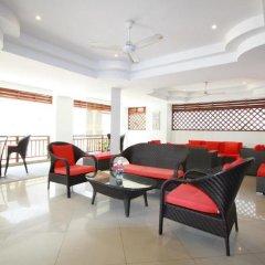 Отель Surin Sabai Condominium интерьер отеля