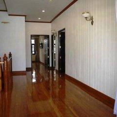 Отель The Royal ThaTien Village интерьер отеля фото 2