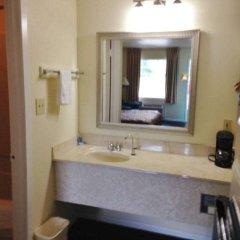Отель America`s Best Inn Vicksburg США, Виксбург - отзывы, цены и фото номеров - забронировать отель America`s Best Inn Vicksburg онлайн ванная