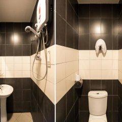 Отель Oyo 191 Ml Inn Hotel Малайзия, Куала-Лумпур - отзывы, цены и фото номеров - забронировать отель Oyo 191 Ml Inn Hotel онлайн ванная