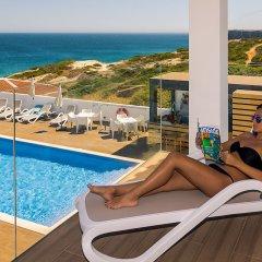 Отель Mareta Beach Boutique Bed & Breakfast бассейн