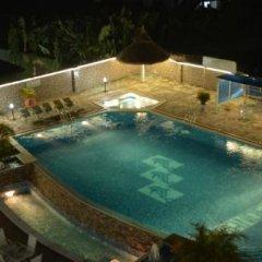 Randekhi Royal Hotel - Gold Wing бассейн