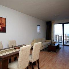 Апартаменты New Line Village Apartments комната для гостей фото 4