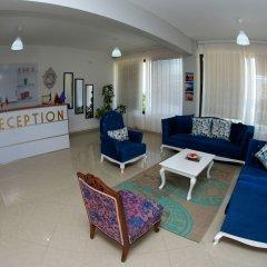 Отель ALER Holiday Inn Албания, Саранда - отзывы, цены и фото номеров - забронировать отель ALER Holiday Inn онлайн интерьер отеля фото 2
