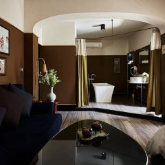 Josh Hotel в номере