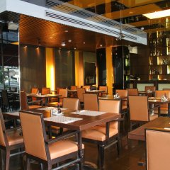 Отель FuramaXclusive Asoke, Bangkok питание фото 3