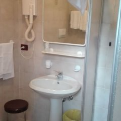 Hotel Davost Форни-ди-Сопра ванная