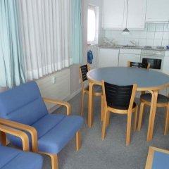 Отель Suzanne Nr. 27 Швейцария, Шёнрид - отзывы, цены и фото номеров - забронировать отель Suzanne Nr. 27 онлайн комната для гостей фото 2
