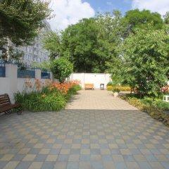 Гостиница M-Yug в Анапе 2 отзыва об отеле, цены и фото номеров - забронировать гостиницу M-Yug онлайн Анапа парковка