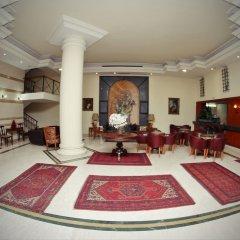 Madisson Hotel интерьер отеля фото 3