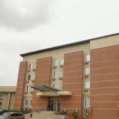 Отель Dannic Hotels Enugu парковка