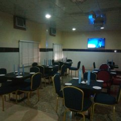 Отель Top Rank Hotel Galaxy Enugu Нигерия, Энугу - отзывы, цены и фото номеров - забронировать отель Top Rank Hotel Galaxy Enugu онлайн питание