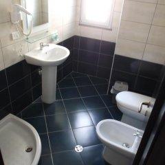 Haris Hotel ванная