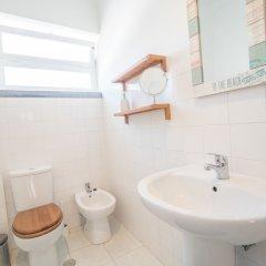 Отель ShortStayFlat Estrela S.Bento Португалия, Лиссабон - отзывы, цены и фото номеров - забронировать отель ShortStayFlat Estrela S.Bento онлайн ванная фото 2
