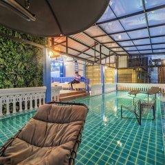 Отель Ama Hostel Bangkok Таиланд, Бангкок - отзывы, цены и фото номеров - забронировать отель Ama Hostel Bangkok онлайн бассейн фото 2