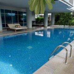 SAB House – Caters to Women (отель для женщин) Бангкок бассейн фото 2