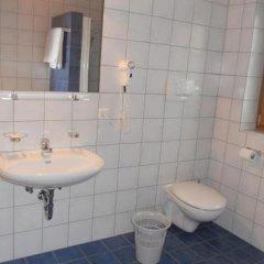 Hotel Garni Zum Hirschen Маллес-Веноста ванная фото 2