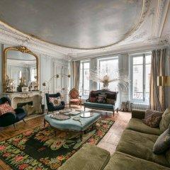 Отель onefinestay Montmartre South Pigalle private homes Париж комната для гостей фото 5