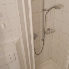Отель Suzanne Nr. 27 Швейцария, Шёнрид - отзывы, цены и фото номеров - забронировать отель Suzanne Nr. 27 онлайн ванная