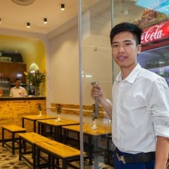 Отель Hanoi Home Backpacker Hostel Вьетнам, Ханой - отзывы, цены и фото номеров - забронировать отель Hanoi Home Backpacker Hostel онлайн гостиничный бар