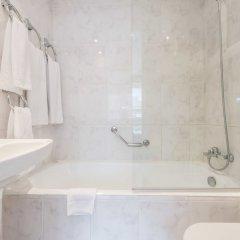 Отель Apartamentos Los Jerónimos ванная