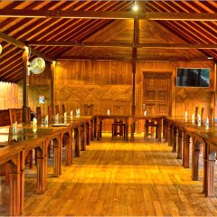 Отель Crown Monarch Diyamankada Nature Resort