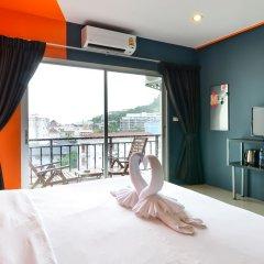 Отель Two Color Patong балкон