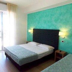 Отель Artide Италия, Римини - 1 отзыв об отеле, цены и фото номеров - забронировать отель Artide онлайн комната для гостей фото 5