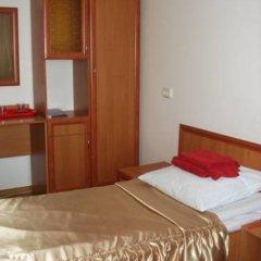 Гостиница Галичина сейф в номере