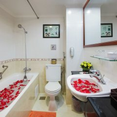 Royal Hotel Saigon ванная