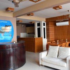 Отель Ashaz Inn интерьер отеля фото 2