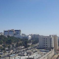 Отель Gulf Suites Hotel Иордания, Амман - отзывы, цены и фото номеров - забронировать отель Gulf Suites Hotel онлайн балкон