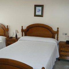 Отель Hostal As Viñas комната для гостей фото 3