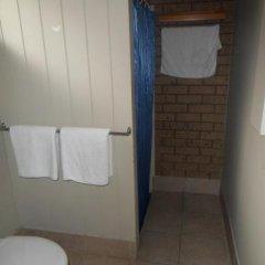 Отель Country Home Motor Inn ванная фото 2