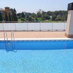 Отель Marina - INH 30013 Испания, Льорет-де-Мар - отзывы, цены и фото номеров - забронировать отель Marina - INH 30013 онлайн бассейн фото 3