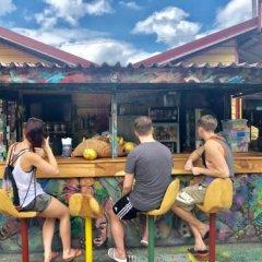 Отель Reggae Hostel Montego Bay Ямайка, Монтего-Бей - отзывы, цены и фото номеров - забронировать отель Reggae Hostel Montego Bay онлайн спортивное сооружение