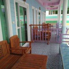 Отель OYO 840 Choosri Resort Таиланд, Ко-Лан - отзывы, цены и фото номеров - забронировать отель OYO 840 Choosri Resort онлайн балкон