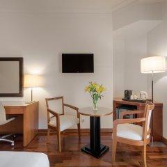 Отель NH Lisboa Campo Grande удобства в номере
