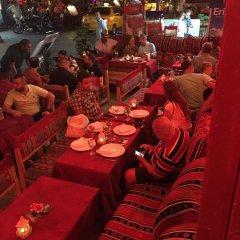 New Backpackers Hostel Стамбул питание фото 3