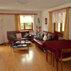 Отель Chesa Grischa Швейцария, Санкт-Мориц - отзывы, цены и фото номеров - забронировать отель Chesa Grischa онлайн комната для гостей фото 4