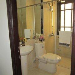 Отель Paris Hotel Вьетнам, Далат - отзывы, цены и фото номеров - забронировать отель Paris Hotel онлайн ванная