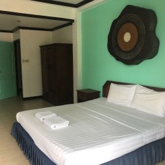 Super Green Hotel сейф в номере