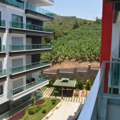 Отель Luxury Apt in Konak Sea Side with a Sea front view and a private beach балкон