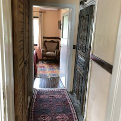 Отель Wisteria Guest House интерьер отеля фото 3