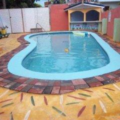 Отель Tropical Court Resort Near Montego Bay Airport детские мероприятия