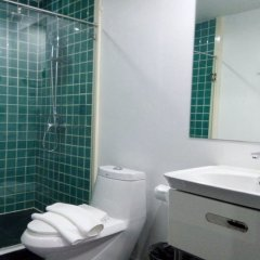 My Hotel Herrity Бангкок ванная