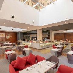 Отель Hyatt Place Dubai/Wasl District питание фото 2