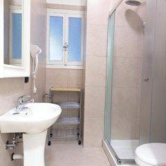 Отель Svevaus Бари ванная