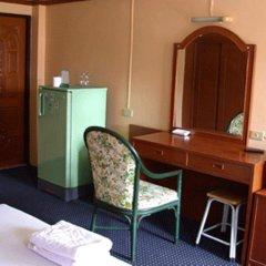 Отель Phra Arthit Mansion Таиланд, Бангкок - отзывы, цены и фото номеров - забронировать отель Phra Arthit Mansion онлайн удобства в номере фото 2