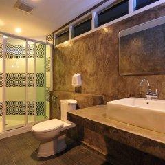 Saphaipae Hostel Бангкок ванная фото 2